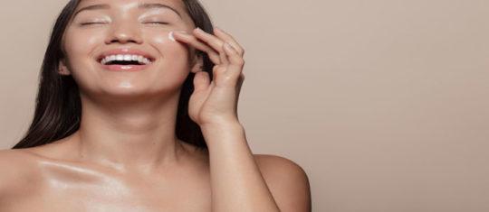 Crèmes pour le visage et le cou